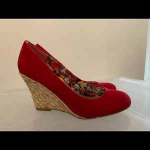 Red faux suede wedge heels w/ wicker wedge accent
